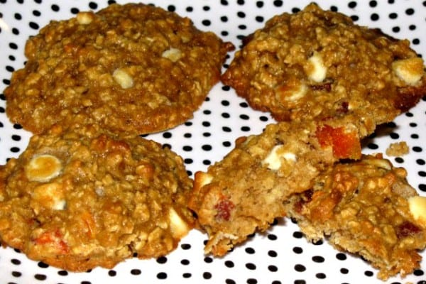 Peaches and Cream Oatmeal Cookie