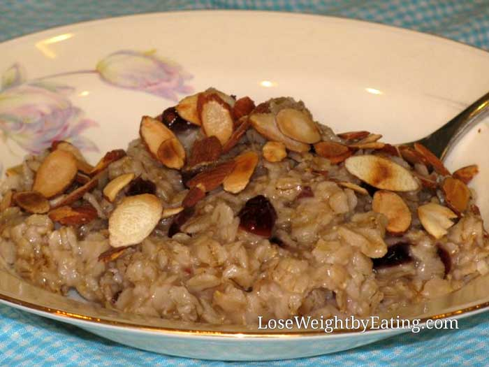 Cherry Almond Oatmeal